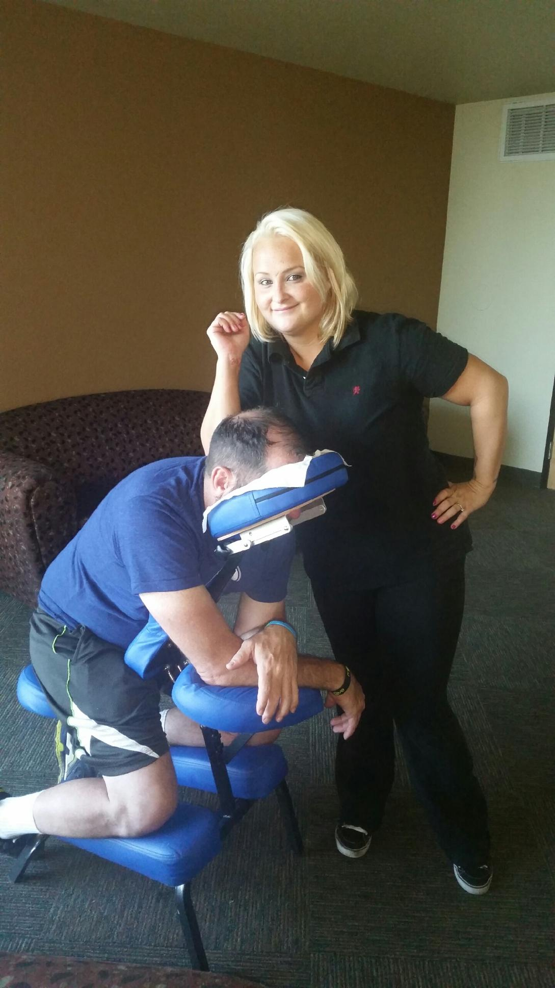 chair-massage-nicole
